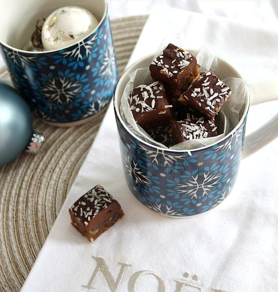 frosted mint chocolate bars_squared