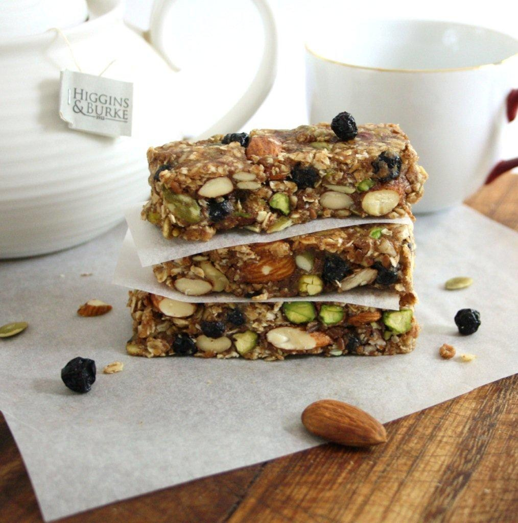 Blueberry Bliss Breakfast Bars (No-Bake, Vegan, Gluten ...