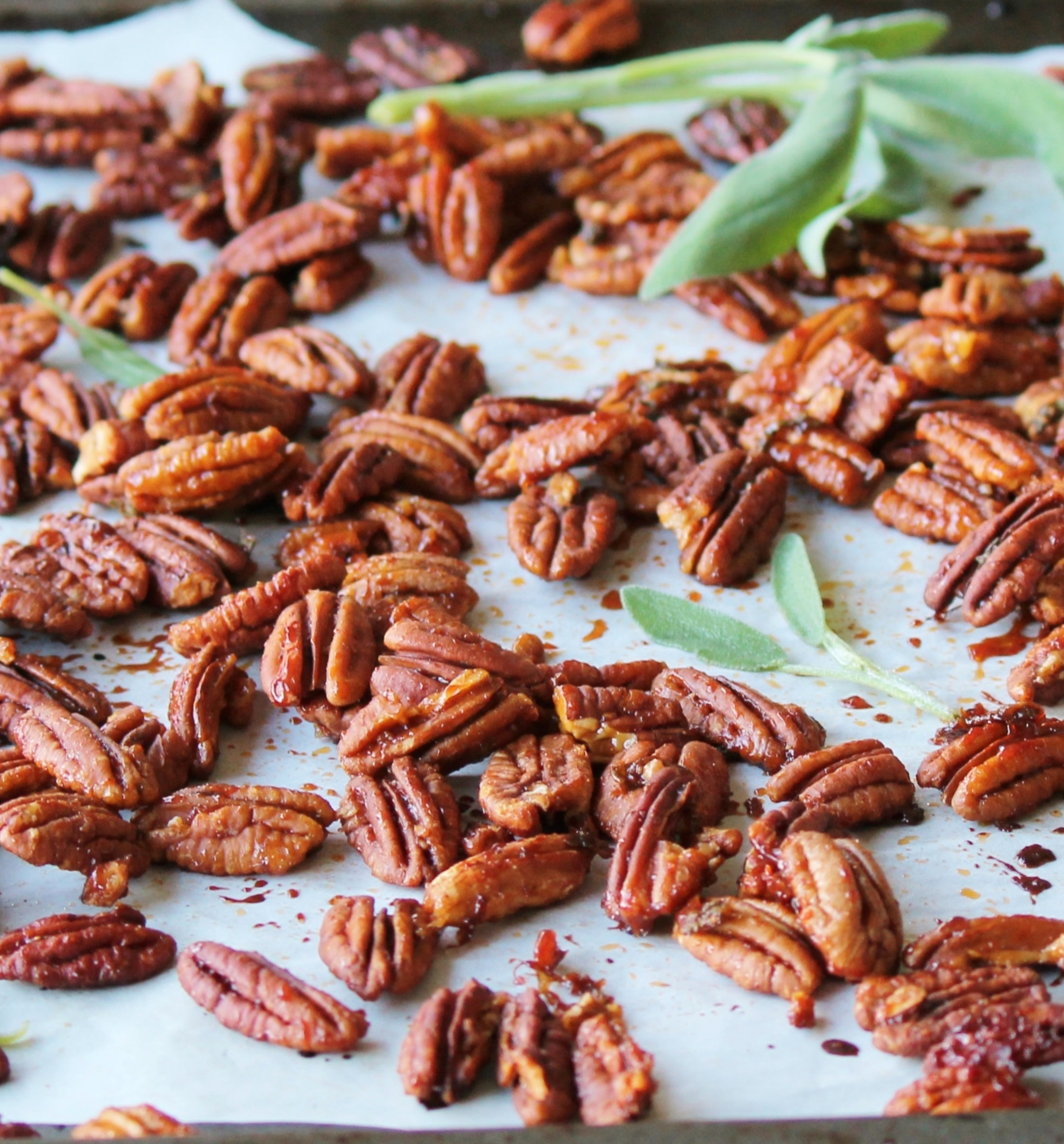 roasted maple sriracha pecans_7