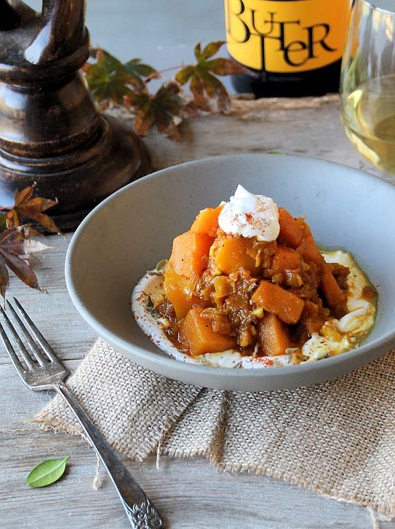 sweet and savory butternut squash (kadoo boranee)